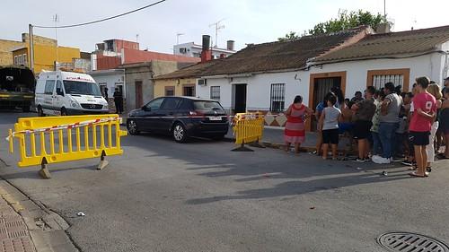 Actuación policial en la calle Cerro Blanco encontrados restos humanos
