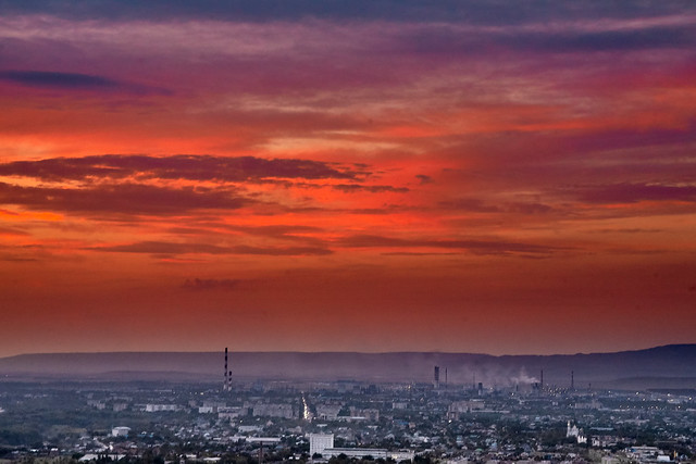 Sunset over the city, Canon EOS 5D, Canon EF 28-90mm f/4-5.6 USM