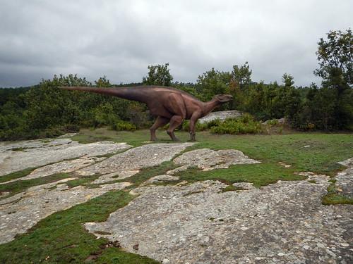 Dinosaur model in Spain