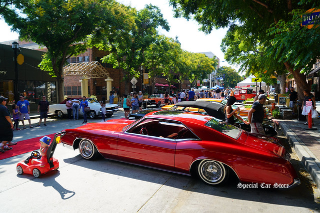 Downtown Burbank Car Classic 2017