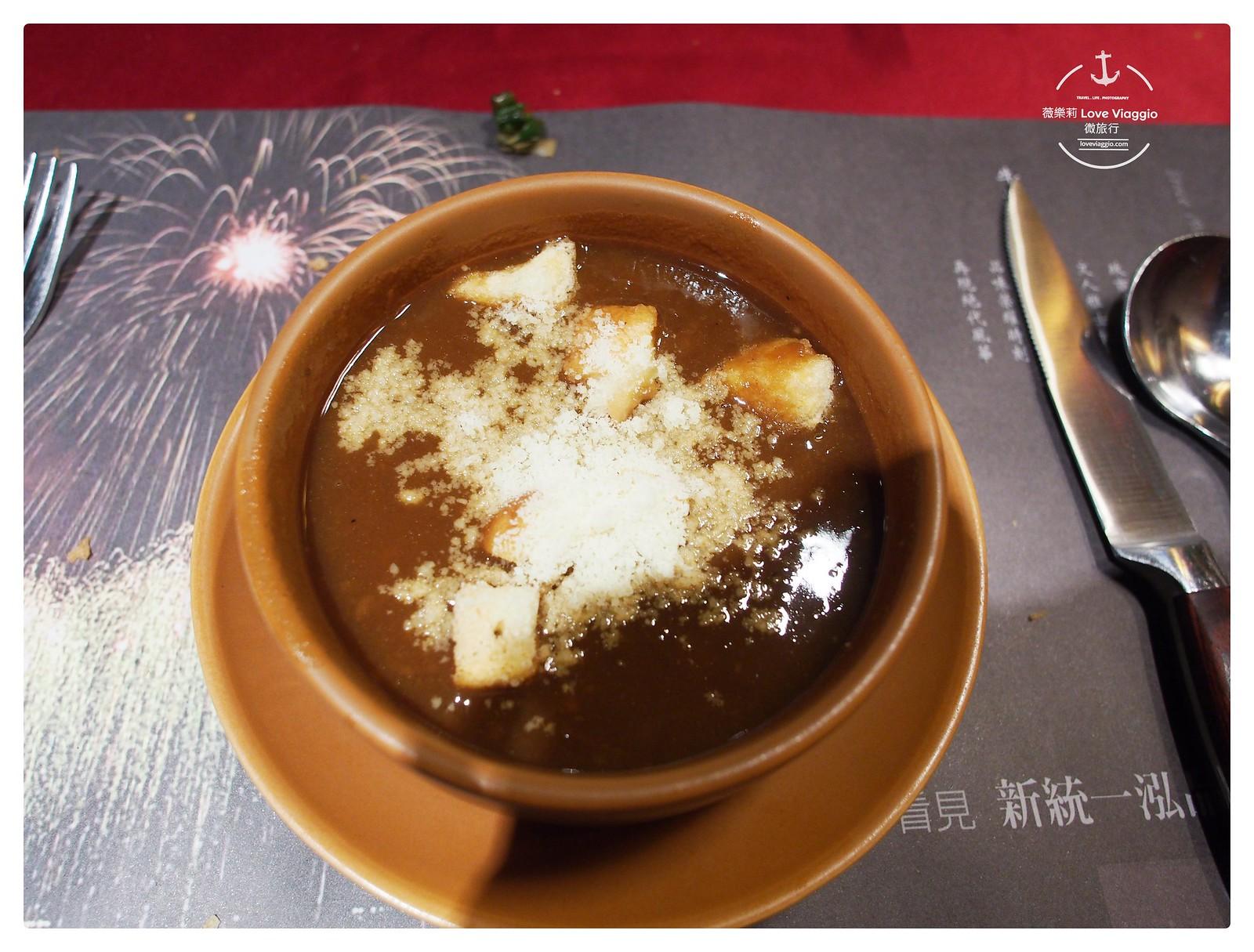 【高雄 Kaohsiung】新統一泓品牛排 愛河畔歐式古典風華的50年歷史老牌牛排西餐廳 @薇樂莉 ♥ Love Viaggio 微旅行