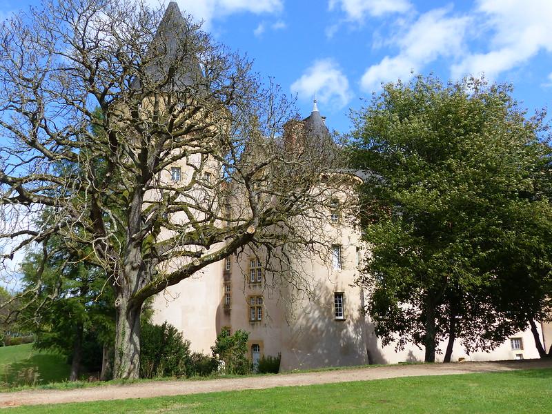 A travers le Bourbonnais, le Beaujolais et la Bourgogne... 36488990704_eb1df4d3ce_c