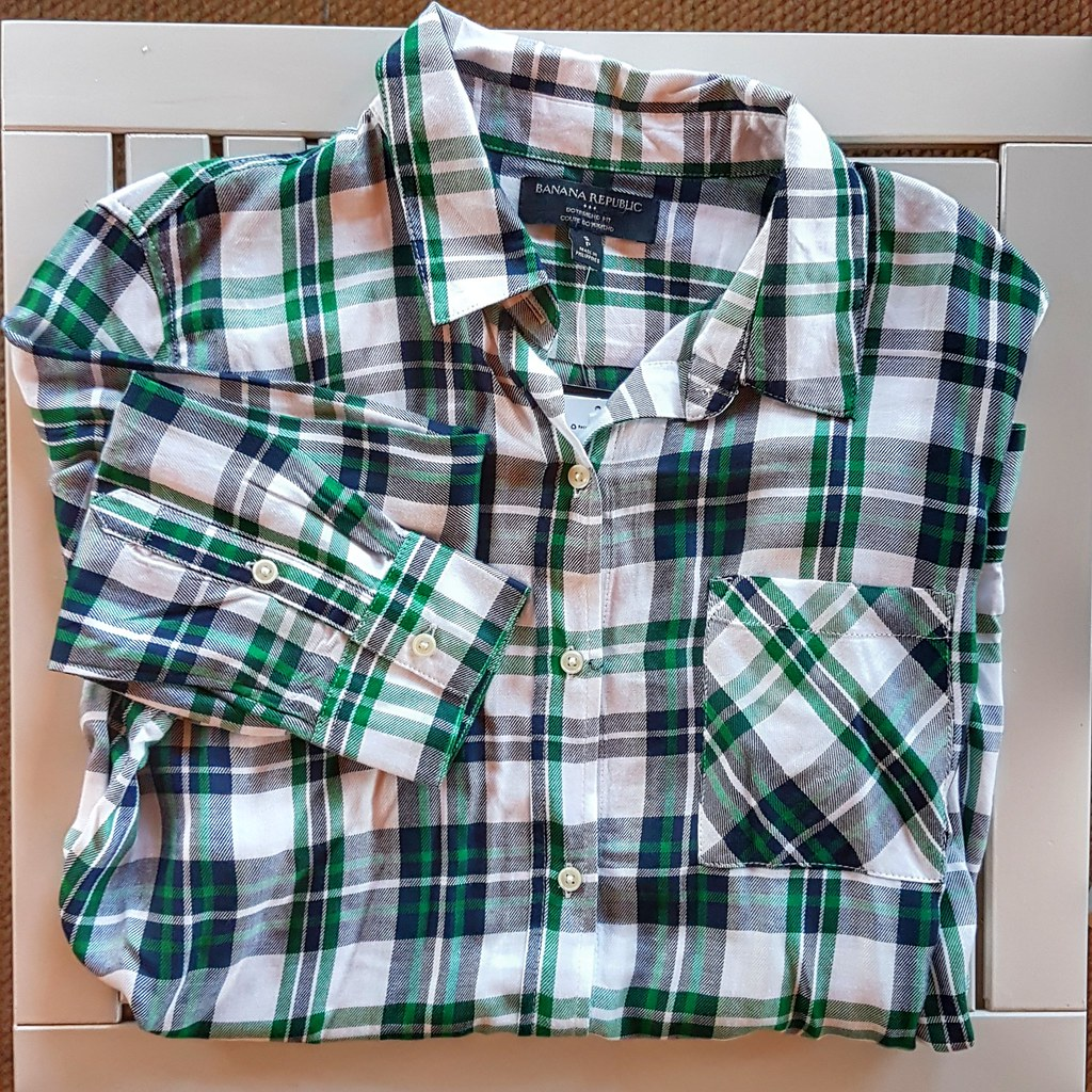 Banana Republic Factory Green Plaid Boyfriend Shirt