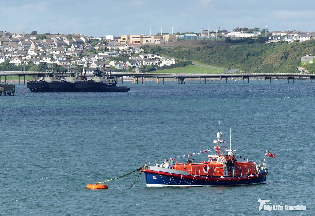 P1100833 - RNLI Lifeboat