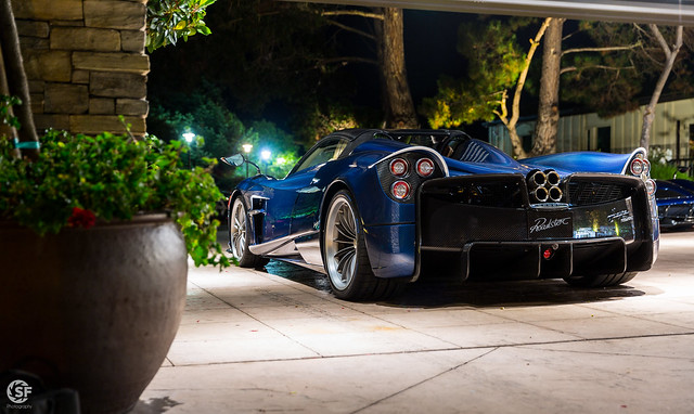 Pagani Huayra Roadster, Canon EOS 5D MARK III, Canon EF 24-70mm f/2.8L II USM