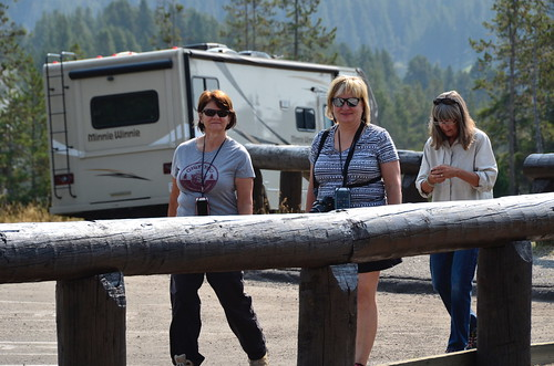 Yellowstone - mud pots Linda Sandy Tammie
