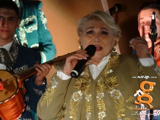 Estela Núñez - La Kristera Real, Zapopan, Jalisco, México (2017-09-17)