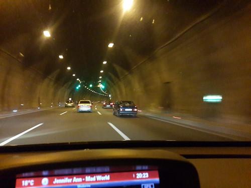 Isztambul-Ankara autópálya sötétben + egy alagút belülről