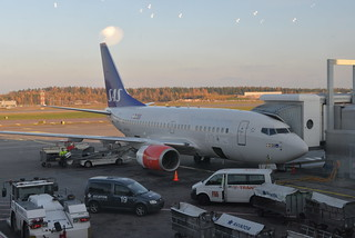 SAS LN-RGK 737-600 HEL 10-19-16