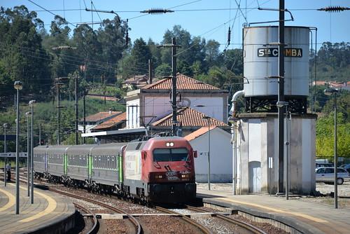 Santa Comba Dao ( district de Viseu ) IC 511 Lisboa St Apolonia - Guarda , serie CP 5615