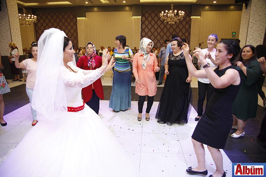 Murat Uslu ve Havva Çalış'ın düğün töreni-3