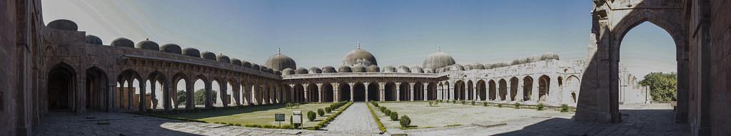 Jami Masjid in Mandu - Panorama View