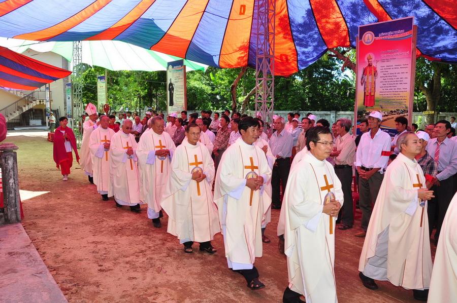Thánh lễ trạm ngày cử hành Năm thánh tại Giáo hạt Mằng Lăng