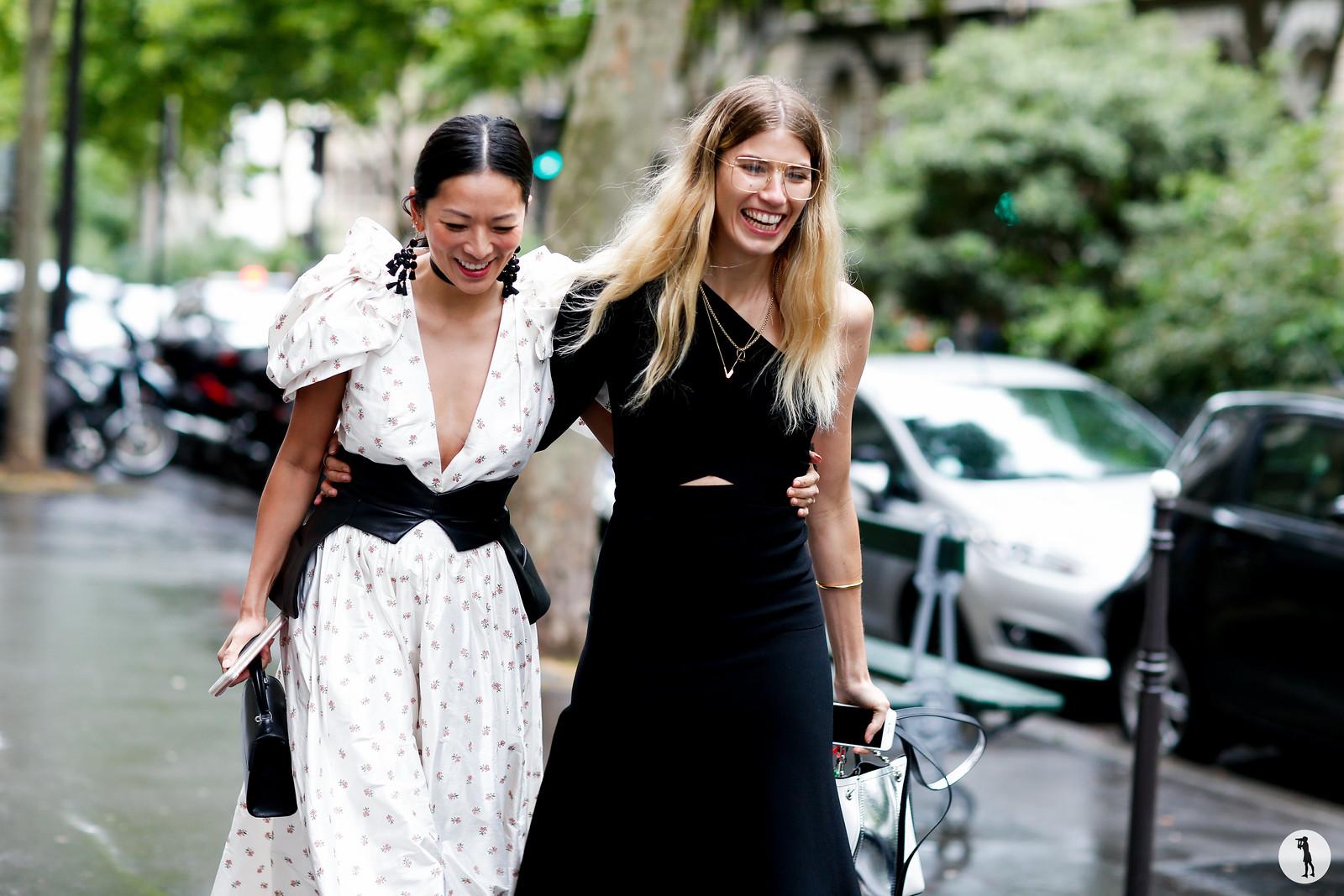 Tina Leung and Veronika Heilbrunner - Paris Fashion Week Haute Couture FW17-18 (1)