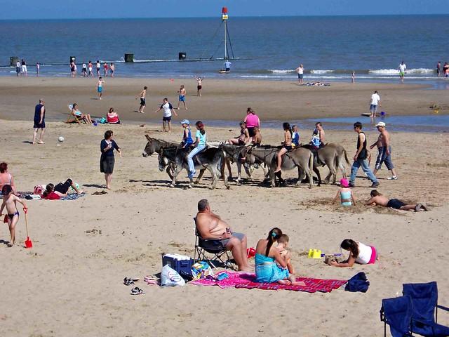 Beach fun P8160007