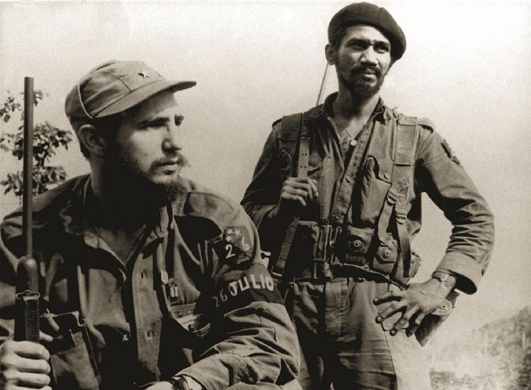 FIdel Castro e Juan Almeida Bosque na guerrilha na Sierra Maestra
