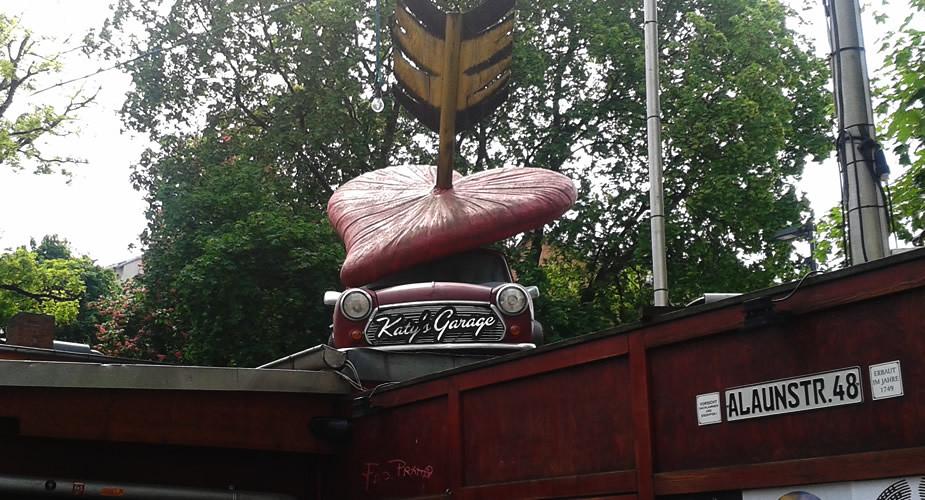 Dresden bezienswaardigheden: Katy's Garage, Neustadt | Mooistestedentrips.nl