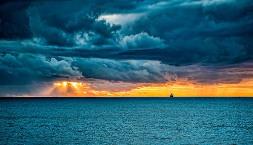 clouds seastorm backbeach storm sunset bunbury sea flickrunitedaward ngc