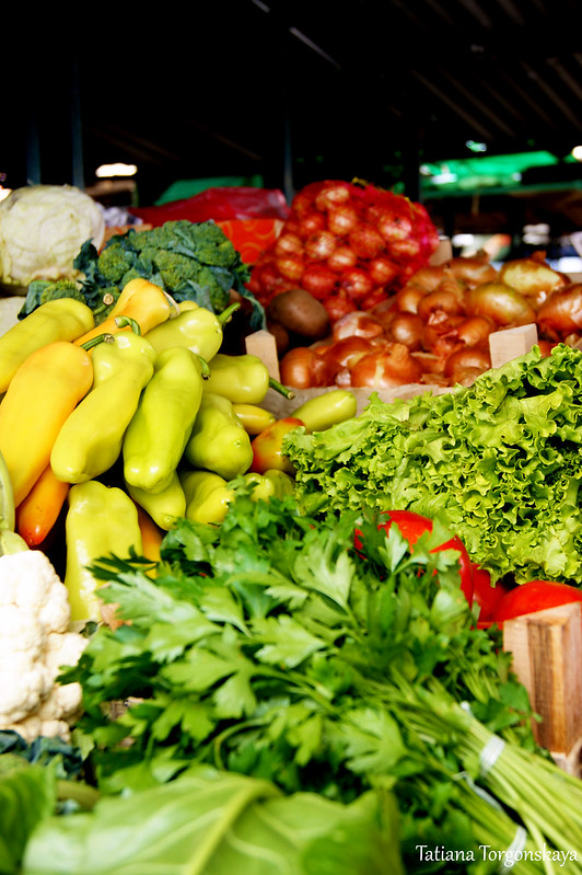 Продажа овощей и зелени
