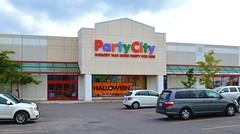Party City / Party Supply Store .... 8 Lebovic Ave / Eglinton Town Centre .... Toronto (Scarborough) Ontario