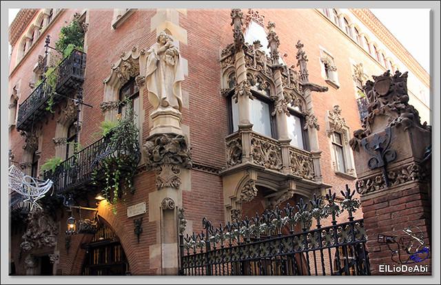 10 lugares imprescindibles que ver en Barcelona y 3 mas 1 (14)