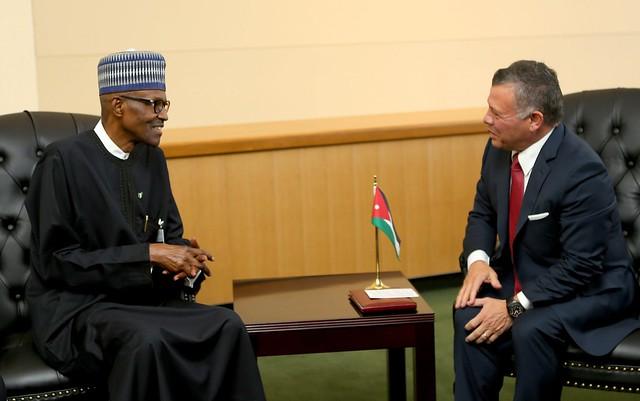 جلالة الملك عبدالله الثاني يلتقي، بحضور سمو الأمير الحسين بن عبدالله الثاني ولي العهد، رئيس جمهورية نيجيريا، محمد بخاري