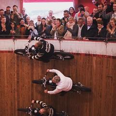 September 21, 2017 at 08:38AM | Das Motodrom auf der Wiesn ist der Wahnsinn. Männer, Motorräder, Sensationen. Es war eines der Highlights unserer gestrigen Spezltour. #spezltour #motodrom #wiesn #oidewiesn2017 #oktoberfest #oktoberfest2017 #münchen #muenc