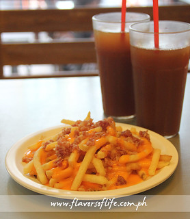 chopstops-cheesy-bacon-fries-w-brewed-iced-tea-IMG_0847