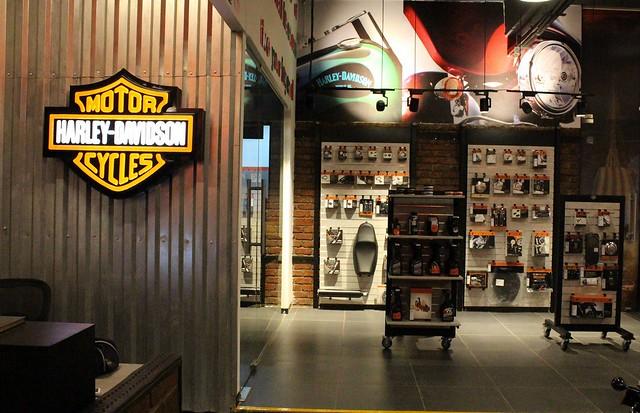 Harley-Davidson-Concept-Store-Kolhapur-India (2)