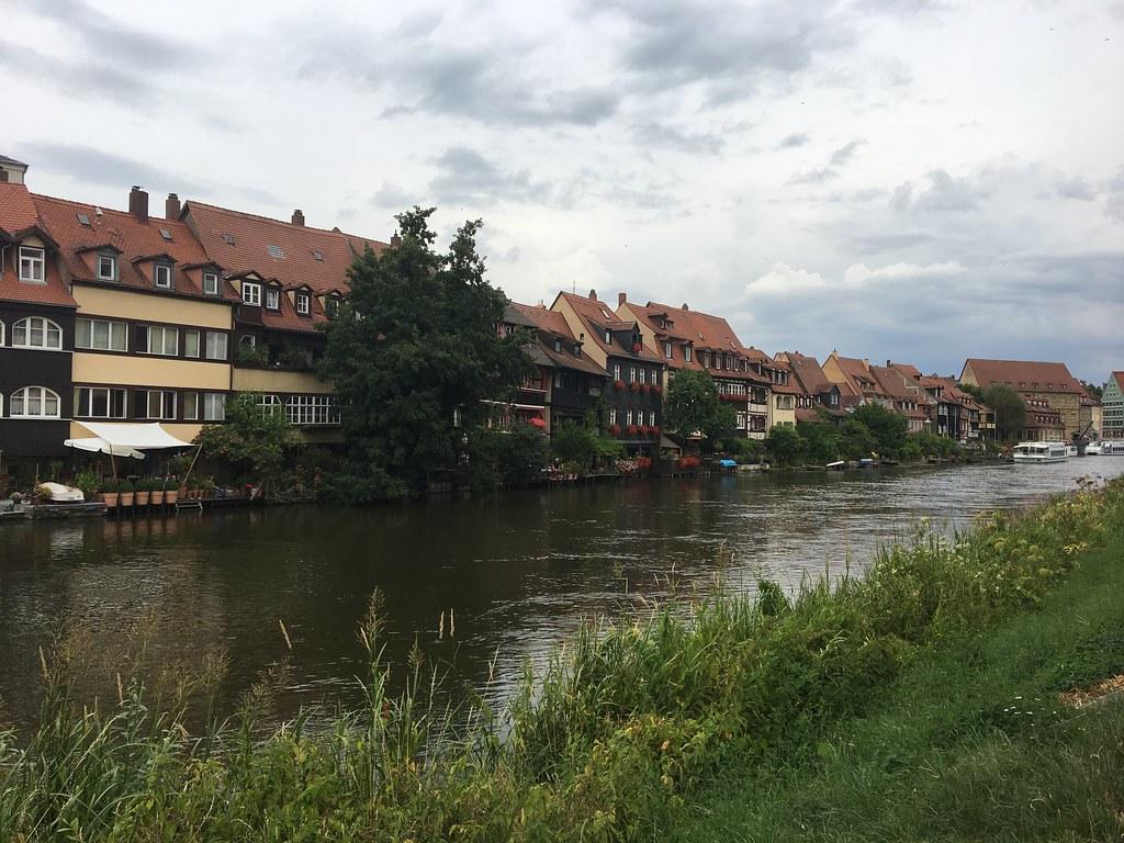Bamberg on täynnä barokkia ja biergarteneita