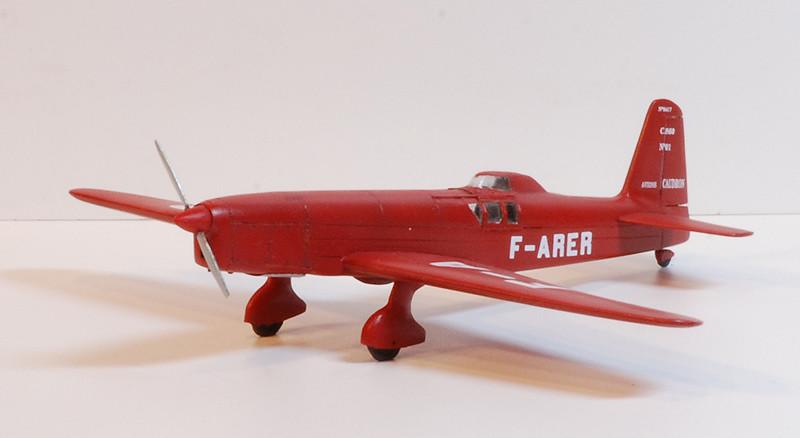 gros moteur et petites ailes... Une petite série de racers... Et un Farman - Page 2 36297231083_c7a18d15bc_b
