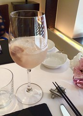 白桃のノンアルコール・サングリア 白ワイン風味
