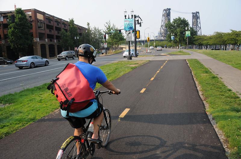 New bike signal Davis and Naito-5.jpg