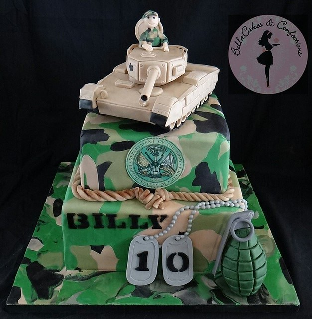 Cake by BellaCakes & Confections