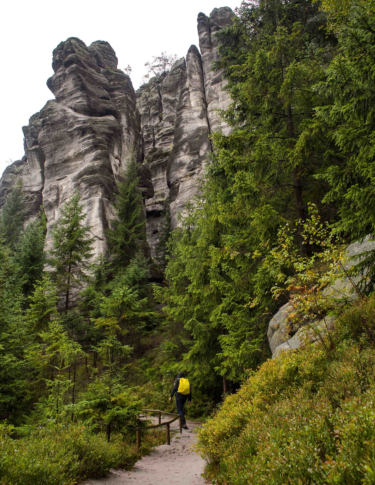 Stunning hiking routes in the Czech Republic: Adrspach-Teplice Rock Towns