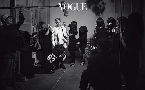 Taeyang Vogue Korea Sept 2017 Special Solar System (8)