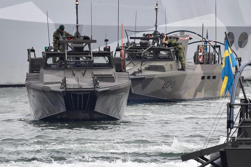 Military stridsbåt 90