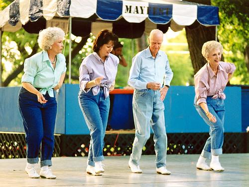 idosos-dancar