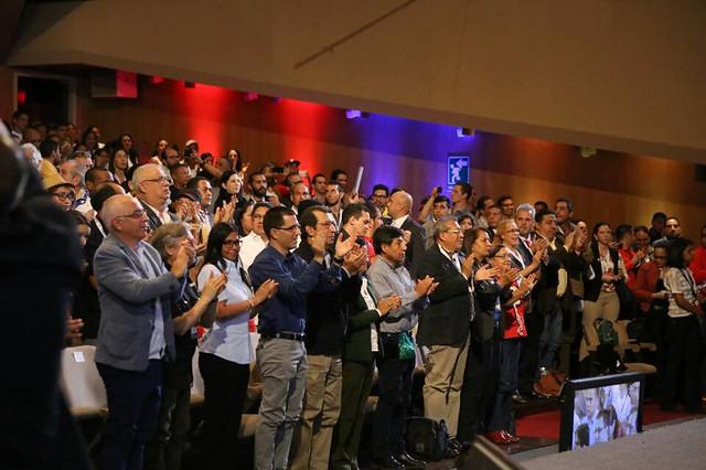 Organizações de todo mundo participam de conferência em solidariedade à Venezuela