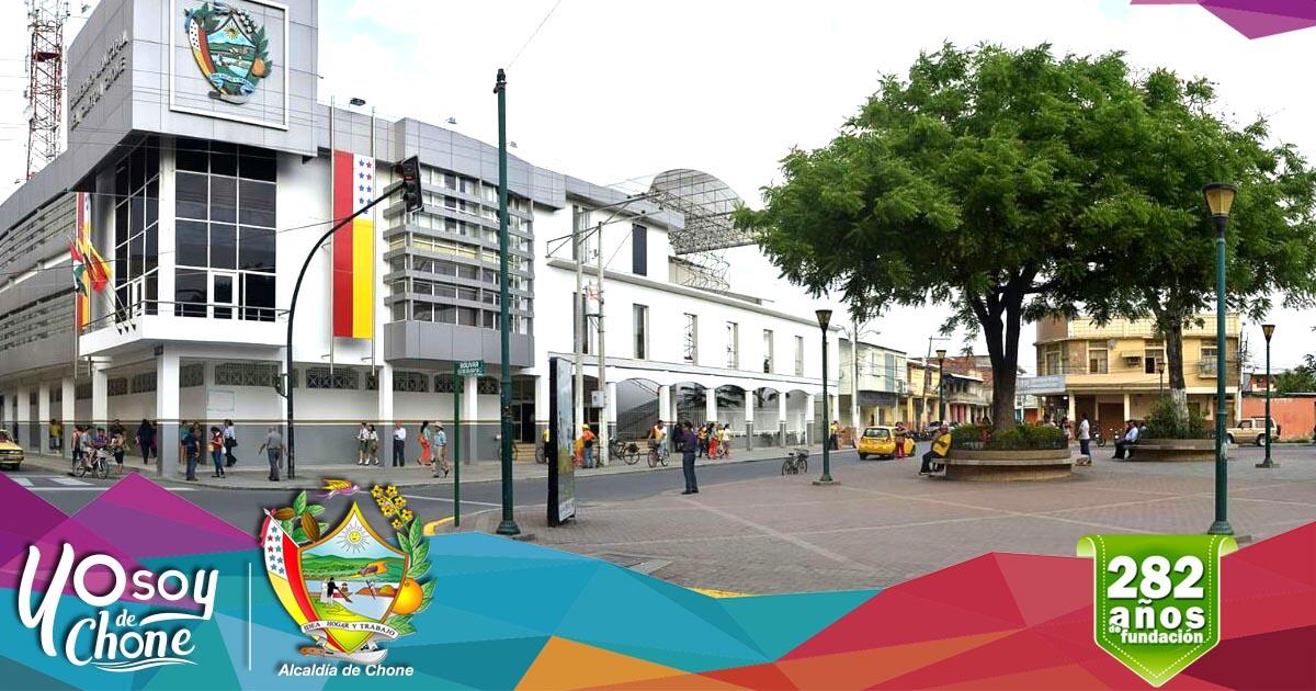 Alcaldía de Chone apoya festividades de la calle 7 de Agosto