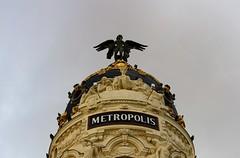 Welcome to Metropolis / Bienvenido a Metrópolis