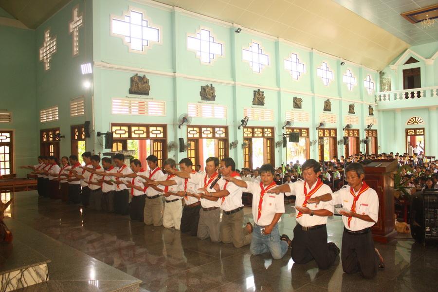 Giáo xứ Phú Hữu khai giảng năm học giáo lý 2017-2018