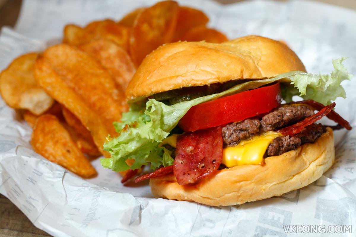 Wayback Burgers Double Beef Bacon Set