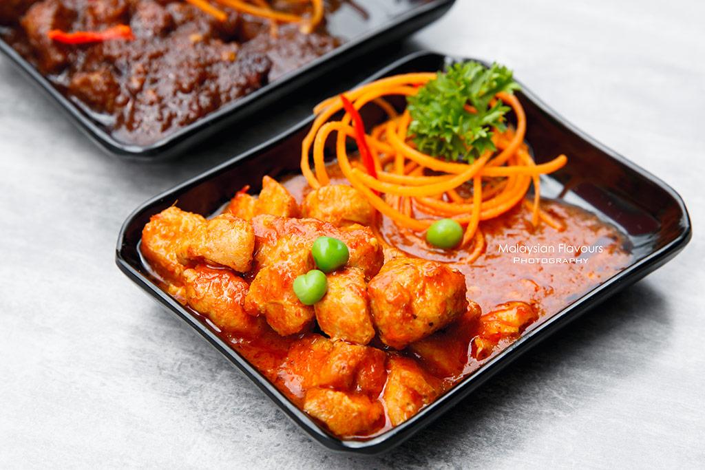 BAE ayam masak merah