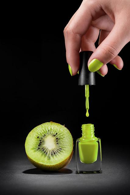 Fashion combination in manicure