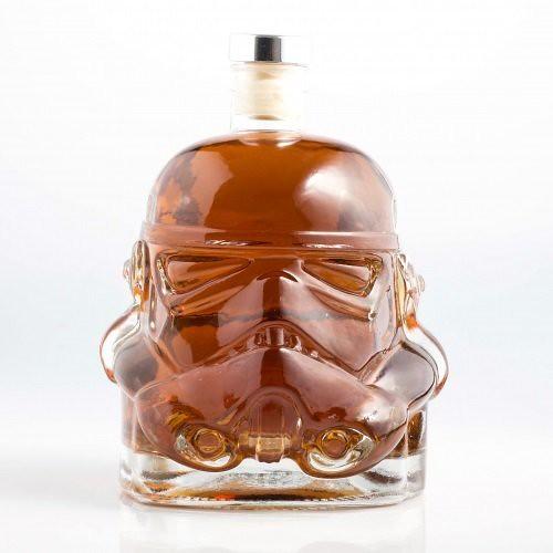 就讓帝國風暴兵來陪你喝一杯吧!! 星際大戰【帝國風暴兵玻璃酒瓶】Stormtrooper Decanter