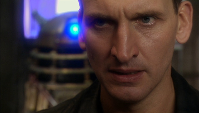 Doctor Who (2005) -1x06- Dalek -07-