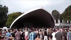 """Adam Rickett, """"Breathe Again"""" - Mardi Gras Caerdydd, 2010"""