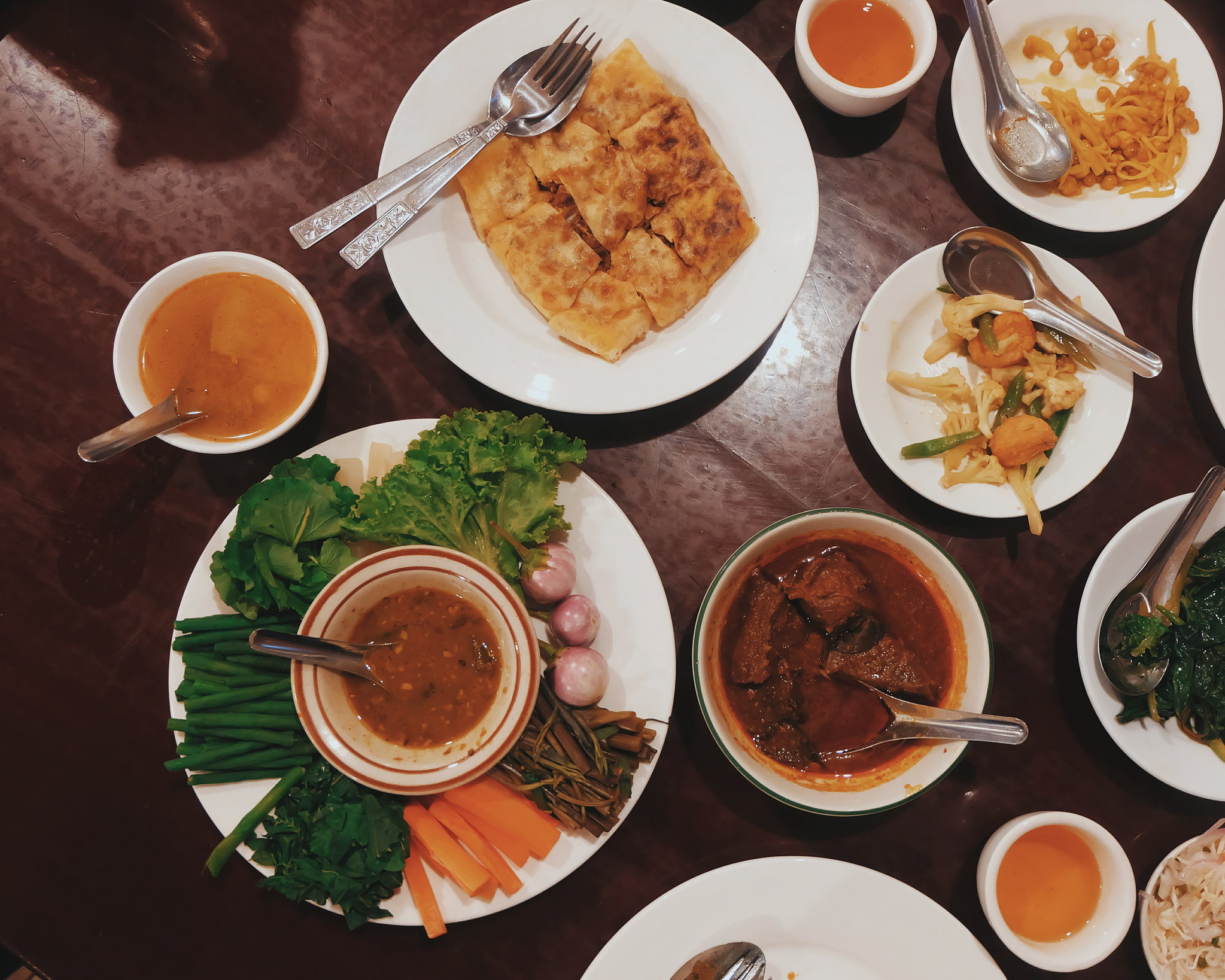 feel restaurant myanmar