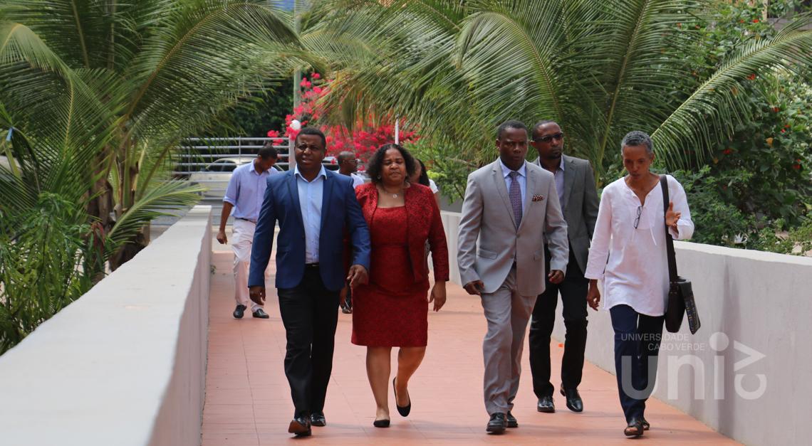 Ministro das Finanças visita a Uni-CV